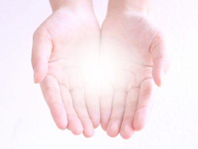 手の中の光